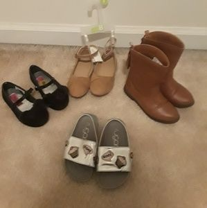 Lot size 8 toddler shoes and boots